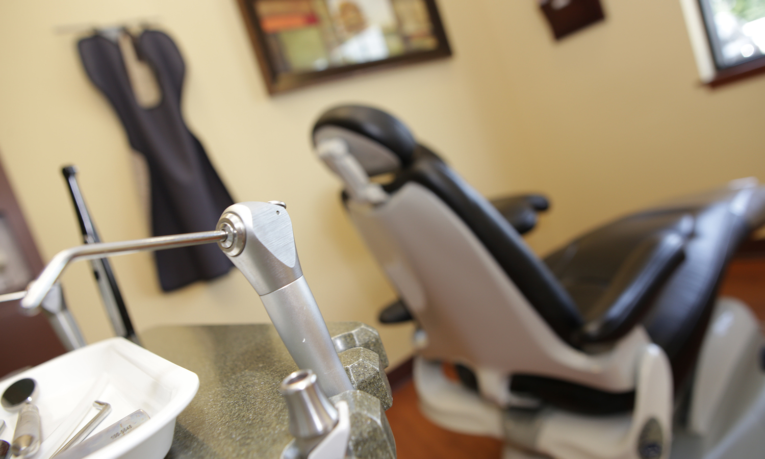 Dentist office of Doug Klein DDS in Grandville MI 49418 - KleinDentistry.com